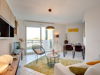 1 bedroom Apartment with Pool and WiFi - 5780810