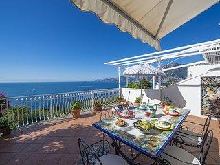 Praiano Holiday Home Sleeps 6 with WiFi - 5781414