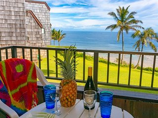 Ocean front and top floor, cute inside, with beach gear!  VIEW and privacy!