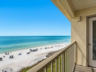 Beautiful 30A Beach Front Condo w/Amazing Views! Steps to Beach - 5 min Bike Rid