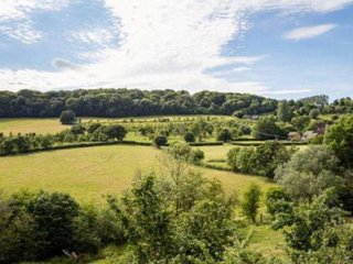 Charming self contained annexe set in AONB, near Malvern