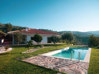 Stunning 3-bed-2-bath villa over Douro River/Porto city - WIFI-sleep 6-10