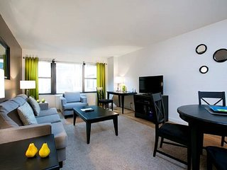LUXURY 1BR ON EAST 44TH~DOORMAN/LAUNDRY