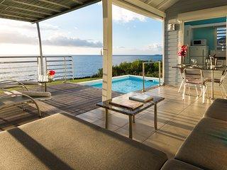 *Blue Haven Villas Guadeloupe* 3 villas de standing en bord de mer