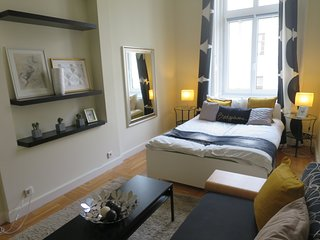 Pretty central 6 bedroom / 3 bathroom flat