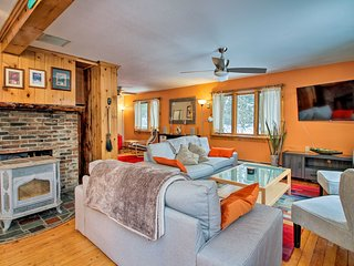 NEW! Vermont Getaway w/ Deck - 6 Miles to Mt Snow!