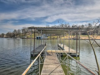 Lakefront Hot Springs House w/ Deck & Dock!