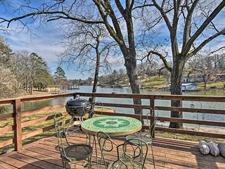NEW! Lakefront Hot Springs House w/ Deck & Dock!