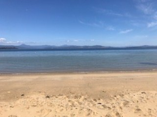 Secret Spot - Bruny Island, beachfront accommodation