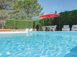 Beautiful home in La Maniere w/ Outdoor swimming pool, Outdoor swimming pool and