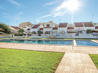Nice home in Torrevieja w/ Outdoor swimming pool, 3 Bedrooms and Outdoor swimmin