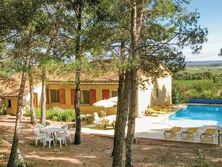 Stunning home in Cesseras w/ Outdoor swimming pool, Outdoor swimming pool and 4