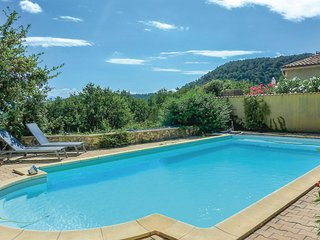 Amazing home in St Paul Trois Chateaux w/ WiFi, 4 Bedrooms and Outdoor swimming