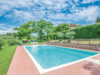 Beautiful home in Barberino V.Elsa (FI) w/ WiFi, Outdoor swimming pool and 2 Bed