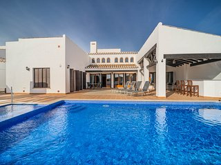 Stunning villa with private pool and Jacuzzi - El Valle Golf Resort - TA11 MURCI