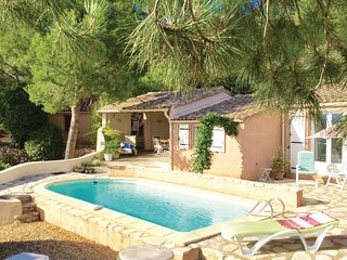 Stunning home in Pierrerue w/ Outdoor swimming pool, WiFi and Outdoor swimming p