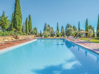 Stunning home in Montepulciano (SI) w/ WiFi, Outdoor swimming pool and 4 Bedroom