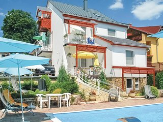 Beautiful apartment in Heviz w/ Outdoor swimming pool, Outdoor swimming pool a