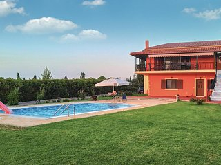Nice home in Kyllini w/ Outdoor swimming pool, Outdoor swimming pool and 5 Bedro