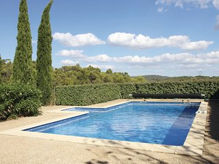 Beautiful home in La Prade w/ Outdoor swimming pool, Outdoor swimming pool and 3