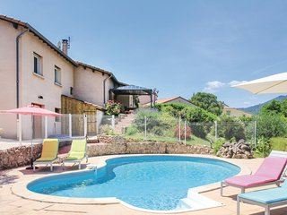 Amazing home in St Fortunat sur Eyrieu w/ WiFi, Outdoor swimming pool and 5 Bedr