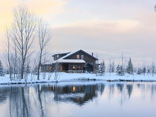 Luxury Ranch Estate, Horses, Hiking, Biking - Lakeside at High Star Ranch