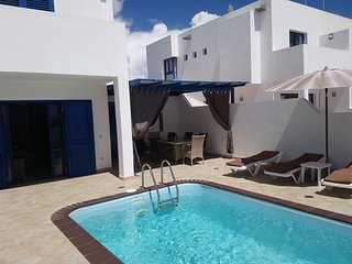 Modern 2 bedroom villa with private heated pool