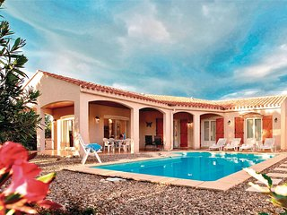 Amazing home in Prades sur Vernazobre w/ Outdoor swimming pool, WiFi and Outdoor