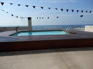 Duplex 1alinea con piscina y parking-HUTTE-000781