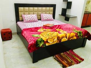 Uttam 2 Private Bedrooms_Medanta Hospital Gurgaon