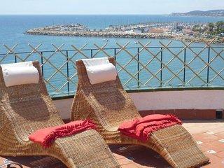 B3 Apartamento en acantilado con vistas increibles del mar