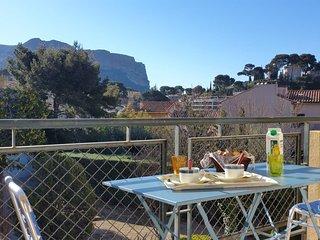 Petit déjeuner vue Cap canaille
