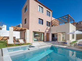 Panorea Luxury Villa, 250m From Agia Marina Sandy Beach Chania