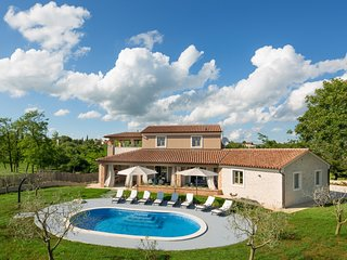 Lovely Villa Astarea, in Istria, with a Pool