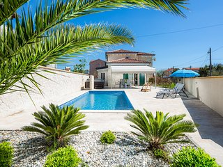 Beautiful Villa Marta, in Dalmatia, with a Pool