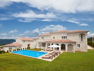 Beautiful Villa Sara, in Istria, with a Pool