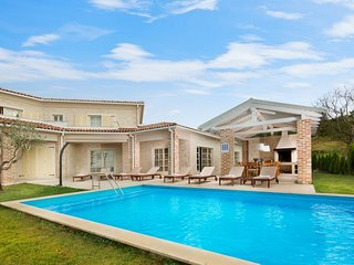 Beautiful Villa Star, in Istria, with a Pool
