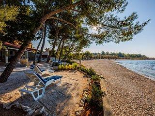 Charming Villa Beach House, on the Island of Brac