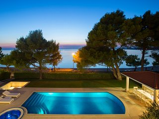 Beautiful Villa Spadici, in Istria, with a Pool