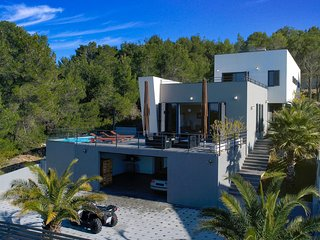 Modern Villa Bella, in Dalmatia, with a Pool