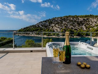 Luxury Villa Tatjana, in Dalmatia, with a Sea view