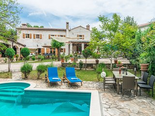 Stone Villa Damiana, in Istria, with a Pool