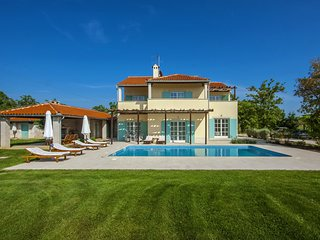 Lovely Villa Marija, in Istria, with a Pool