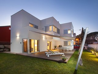 Modern Villa Vera, in Istria, with a Sea view