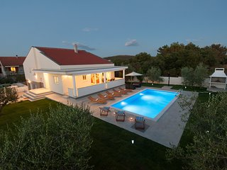 Beautiful Villa Karla, in Dalmatia with a Pool