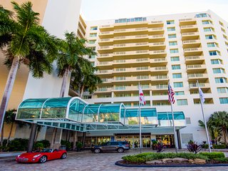 Fort Lauderdale Hotel/Residence Near the Beach
