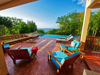 Tranquil Beachside Getaway with Private Pool, Beach & Dock on 4 Sublime Acres