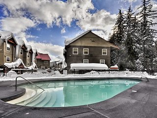 NEW! Government Camp Townhome - Near Mt. Hood!