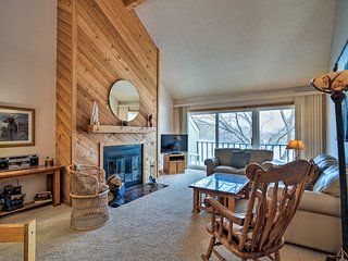NEW! Townhome on Summit Mtn - Skier's Dream!