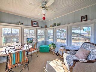Cozy Augusta Home w/ Porch-Walk to Katy Trail